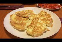 Scrambled eggs with Greek cheese. Omletă cu brînză Feta. Омлет с брынзой. / Ingredients: eggs-4, Greek cheese -100g, olive oil, salt. Ingrediente: 4 ouă, brânză Feta-100g, ulei de măsline, sare.  Ингредиенты: четыре яйца, брынза-100г, масло оливковое, соль.