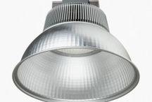 High bay LED lampert / Se vores kæmpe udvalg af billige high bay LED industri lamper her:   http://mrperfect.dk/19062-high-bay-led-industri-lamper