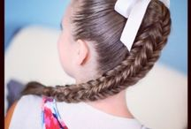 Rapunzel girl hair styling ideas / Different ideas for styling long hair for girls and women / by Megan MNMSpecial