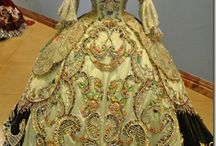 Stunning dresses from the past / by Andrea Laki