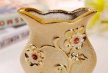 Vázy, vázíčky a dekorácie