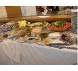 Buffet In House / O Buffet In House coloca na sua mesa toda a qualidade de um buffet a domicílio diferenciado para diversos tipos de eventos, como casamentos, aniversários, coquetéis, batizados, debutantes, eventos empresariais, entre outros.