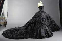 Dresses/ Gowns I Like / by Lori Urrasio