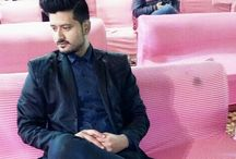 Paras pal / I am paras from Etawah (U.P.) India and current located at New Delhi and want to make a professional singer or dancer but I have no guidances so what i can do . If you have any idea please share with me. Contact- parasraja9@gmail.com   9953820621