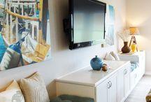 Lounge wall unit