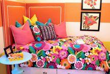 Girls' Room!