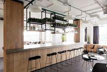 Grijze tegels - Lingen Keramiek / Grijze tegels... Er is zoveel mogelijk, zoveel tinten...! Doe hier je inspiratie op! Onze tegeladviseurs in onze showrooms in Leiden en Capelle aan den IJssel vertellen je er graag alles over! #grijs | #tegelvloer | #vloertegels | #woonkamer | #badkamer | #plavuizen