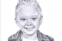 Drawings / Ik teken graag portretten. Eventueel ook in opdracht, kijk eens op https://www.facebook.com/realistischeportretten. Als je het leuk vindt, zou ik het fijn vinden als je liked ;-) !