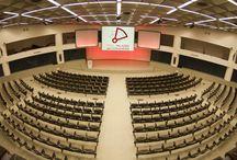 Sale meeting / Location e sale per meeting: hotel, ville e centri congressi per corsi e seminari, riunioni e convegni