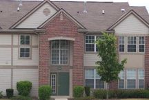 Beautiful Rental Homes in Crystal Lake, Illinois 60014 / Super nice updates you will not find in any other unit in Randall village. End unit with pond view! Granite and brand new stainless steel appliances. New Carpet! Laundry in unit! great views of 3 ponds. Pool, exercise room. Agent owned
