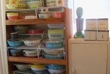 Vintage Kitchenware / by Linda Felix-Porter
