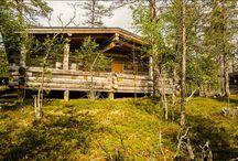 Hutten & Chalets / De Hutten & Chalets in ons aanbod variëren qua grootte en soort. Een huisje aan het strand of zoek je een stoere hut middenin Lapland? Het kan allemaal!