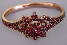 Jewelry I Love / by Colleen Fisher