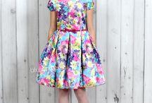 Dla dziewczynek | For girls / Śliczne ubrania dla dziewczynek - na każdą okazję, również uroczystą.  Więcej znajdziesz w naszym sklepie internetowym dostępnym pod adresem www.blumore.pl.
