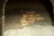 La sacralità del pane in Calabria / Il pane cotto al forno