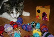 Catty Gifts / by Craftster