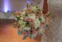 Antique, Vintage, Shabby Chic, Rustic and Romantic / by Lizzy's Bloomin' Flowers