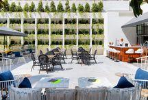 H10 Metropolitan, Barcelona / El H10 Metropolitan es un exclusivo hotel emplazado en un edificio histórico de la ciudad, perfectamente renovado y decorado por el prestigioso interiorista Lázaro Rosa-Violán con un diseño inspirado en la Barcelona industrial del siglo XIX. El establecimiento, de cuatro estrellas superior, cuenta con modernas habitaciones, restaurante para desayunos, cafetería con acceso a una agradable terraza con piscina y, en la última planta, una terraza con plunge pool y zona de hamacas. / by H10 Hotels