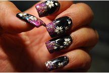 Nail Art! ;) / Beautiful nail paint designs to inspire you!  / by Yebhi India