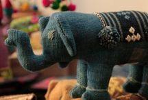 코끼리인형 / 오가닉과 천연염색 퀼트로 만들어진 귀여운 코끼리 인형 입니다.