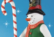 Christmas Statues / All kinds of Christmas Statues. Most statues are from http://www.christmasnightinc.com/ #Christmas #storedisplay #holidaydecor