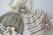 Baby hats knitting