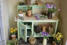 Dollhouse Gardening / Miniature gardens  (indoors and out) - beginner tutorials, tips & strategies