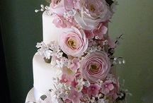 ilonaczikora@gmail cpm / Gyönyörű torta kompoziciókról ,imádok sütni és ezekből ihletett lehet meríteni !!