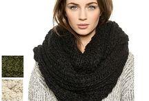 loom knitting / by Ashley Hoy