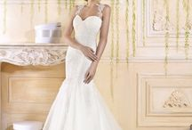 Mermaid Wedding Dresses /  The mermaid silhouette is a great style for flaunting feminine curves; tightly hugging the contours of the body from bodice to knee, where the skirt begins to dramatically flare away from the body, down to the hem.