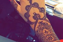 Hennè tattoos-Hands / I really love the amazing art of mandala and in general of the Hennè tattoo!