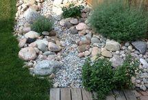 Gradini cu pietre