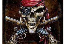 Totenköpfe/ Piraten