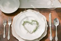 Place Settings / The prettiest ways to greet your guests to their table.