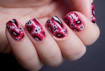 Nails - Paisley & ikat