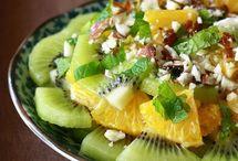 *Recipes: Salads & Dressings / by Tiffani Winward