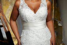 wedding ideas / by Jazmine Ybarra