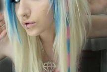 hair I love! / by Amber Honcik