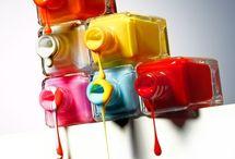 mármolear con esmalte  uñas