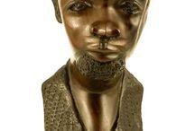 Modern African Art / Wooden carvings. Modern style, tradictional material  http://www.etnobazar.pl/shop/Sklep%20Afryka%C5%84ski?limit=128