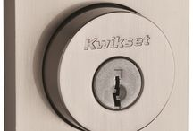 KWIKSET® HALIFAX SQUARE DEADBOLT, SATIN NICKEL