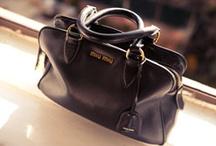 Handbag Heaven / by Daniela Jozic