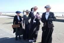 Promenade! / We dress up in historical costume and stroll along the Prom, just for fun! Help add a little colour and atmosphere to Tramore.
