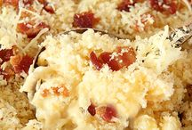 Macaroni and Cheese / All things carb-y and cheesy.
