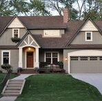 dark painted exteriors / house exterior looks