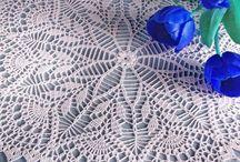 thread crochet/ doilies / by Linda Mitzner