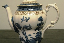 Teapots / I just love teapots especially floral and vintage ones