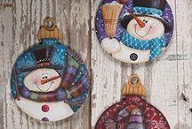 Ornamente pictate