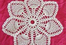 Crochet pinapples doilies / by Kristen Ardeneaux