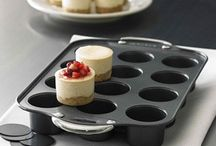 Mini cheesecakes seem way less intimidating to make and way more appealing to eat.